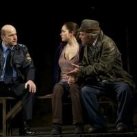 """Volkstheater 2015 """"Haben"""" (mit Verena Altenberger, Rainer Frieb) © wp"""